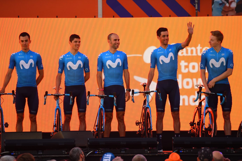 Imagen de la noticia 'Movistar Team counts down the hours before 2020 debut'