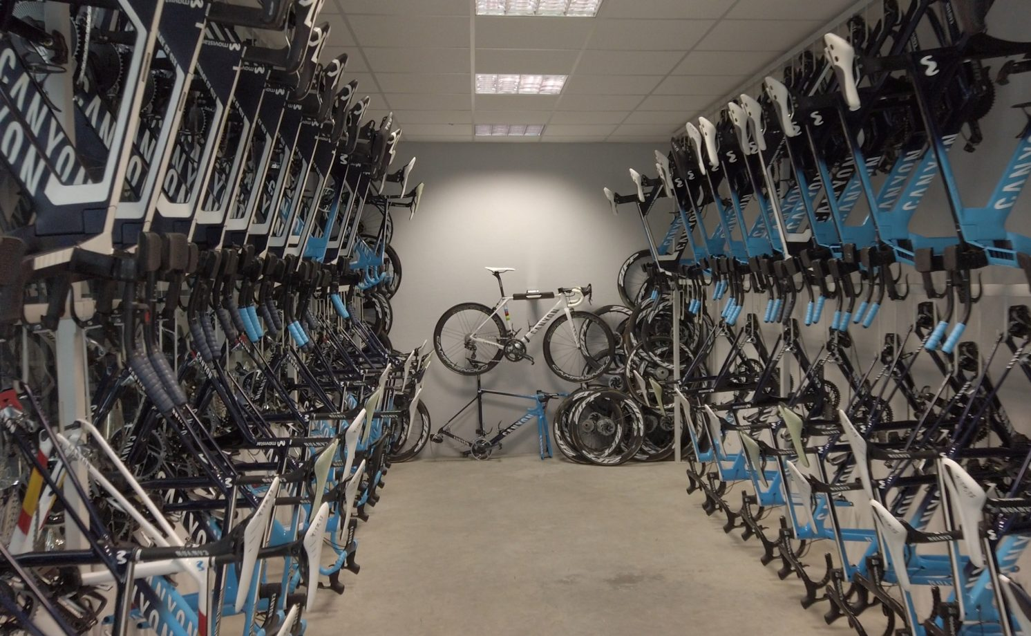 Imagen de la noticia 'Inside the Movistar Team's Pamplona service course'