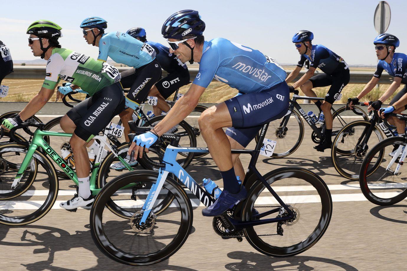 Imagen de la noticia Calm finish for Valverde, Mas ahead of Picón Blanco