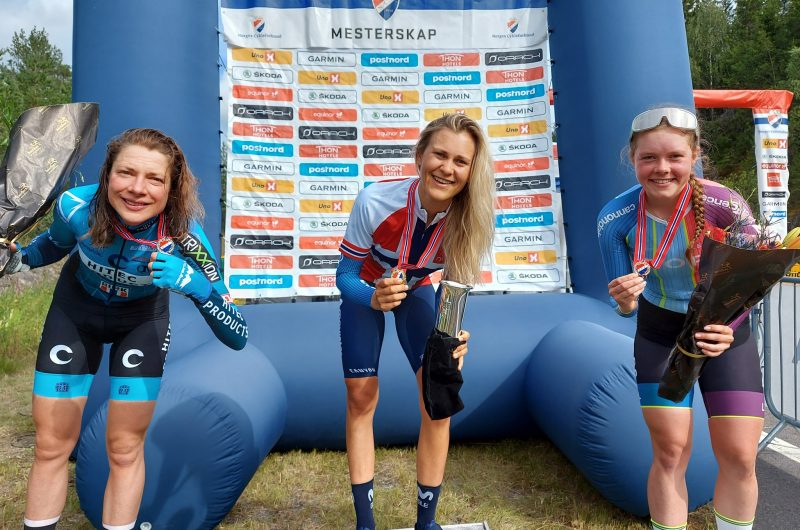 Imagen de la noticia 'Katrine Aalerud becomes Norwegian ITT Champion, opens Movistar Team's 2020 account'