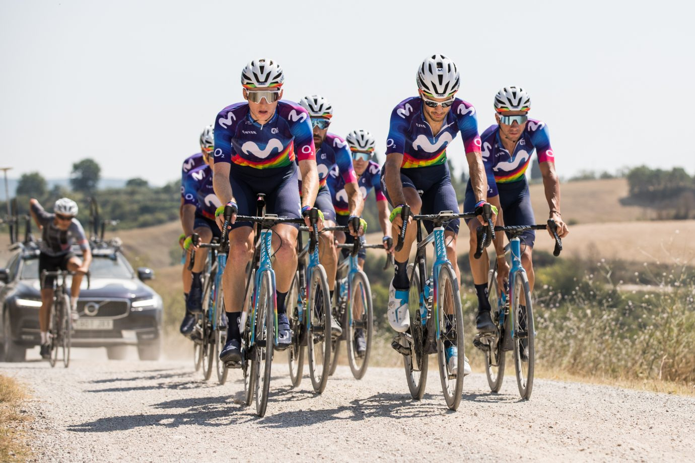 Imagen de la noticia 'All details on the Movistar Team's Charity Jersey for Strade Bianche'