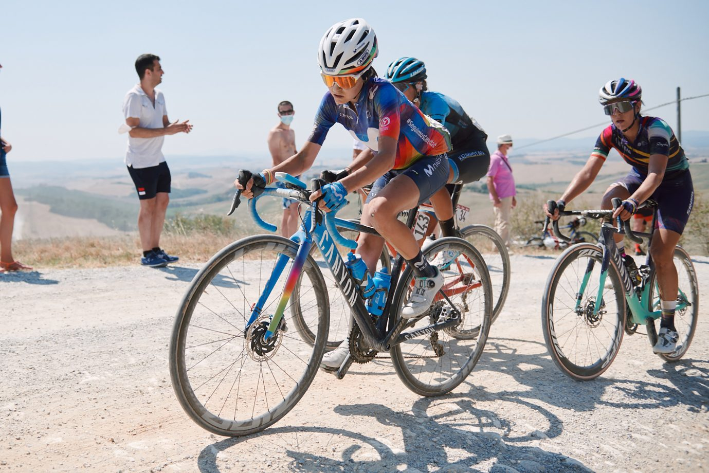 Imagen de la noticia 'Merino (25th), Erić, Teruel able to complete brutal Strade Bianche'