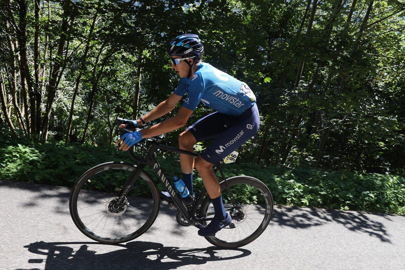 News' image'Soler, en una nueva fuga vencedora en Francia; Cataldo, 16º en Il Lombardia'