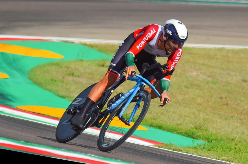 Imagen de la noticia 'Nelson Oliveira (11th) less than 1″ off top-ten at ITT Worlds'