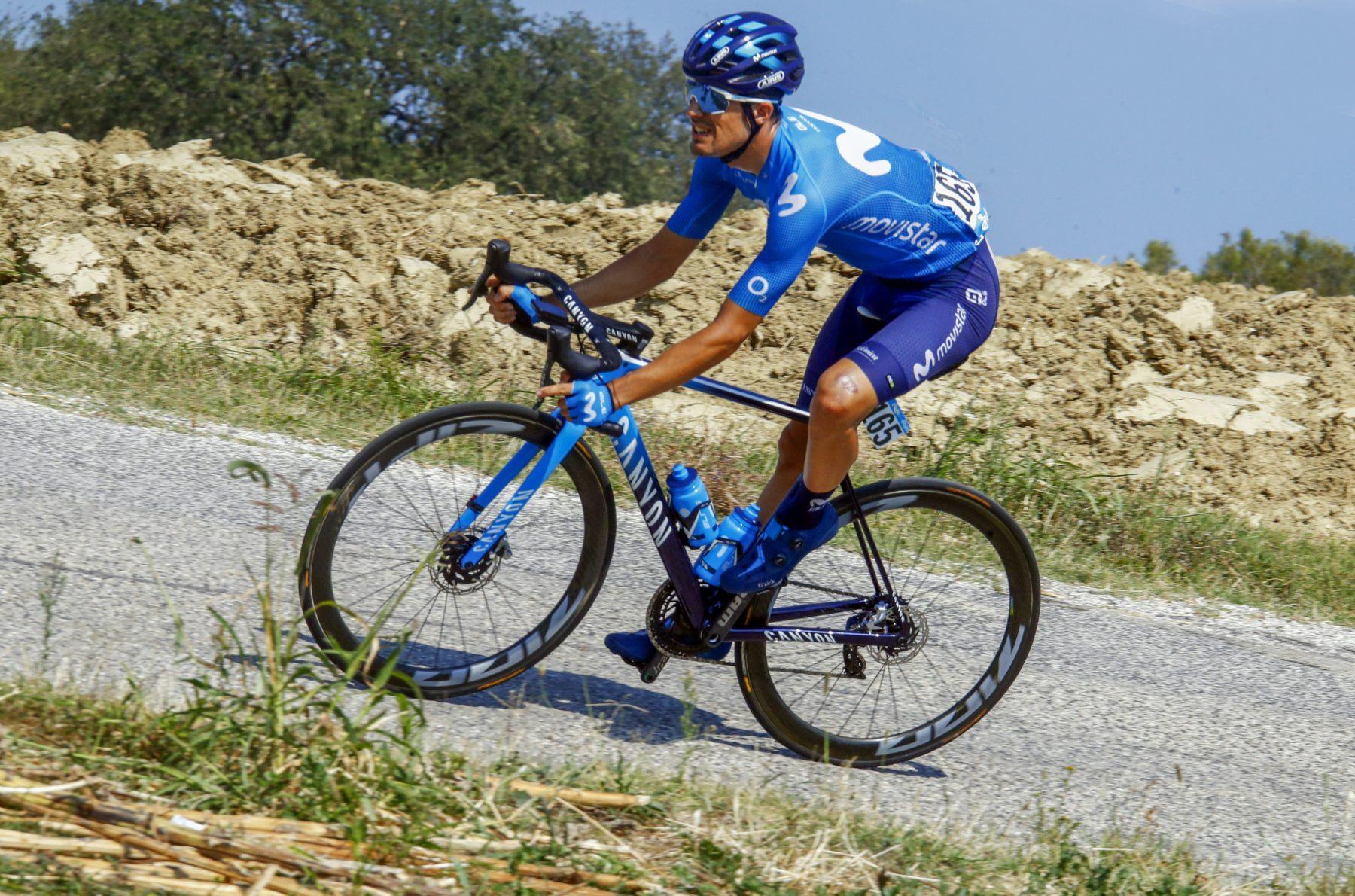 Imagen de la noticia 'Movistar Team holds Zwift ride on Saturday (6pm CET) for riders' security'