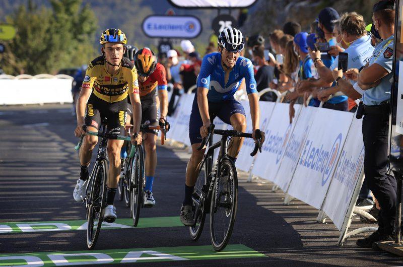 News' image'Mas (5º) y Valverde (10º) siguen dando pasos en el Grand Colombier'