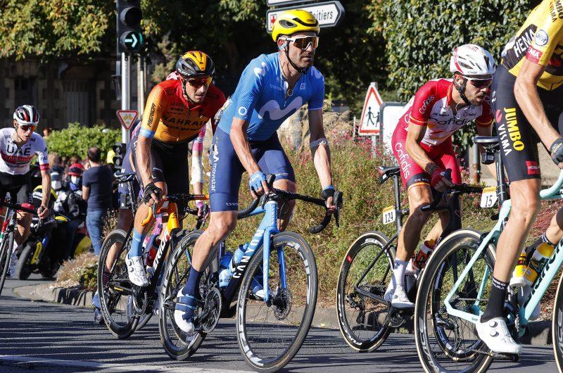 News' image'Rojas se lleva el susto en el día más calmado del Tour'