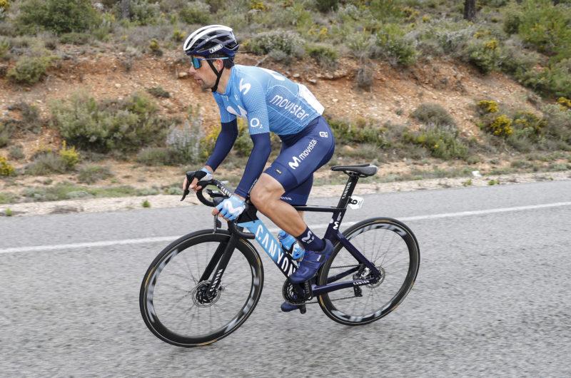 Imagen de la noticia 'Scotson wins rain-soaked opener; Mas, Oliveira into overall top-5'