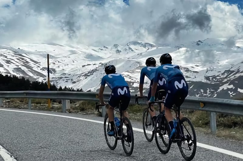 Imagen de la noticia 'Movistar Team gets ready for 2021 Giro with Sierra Nevada altitude camp'