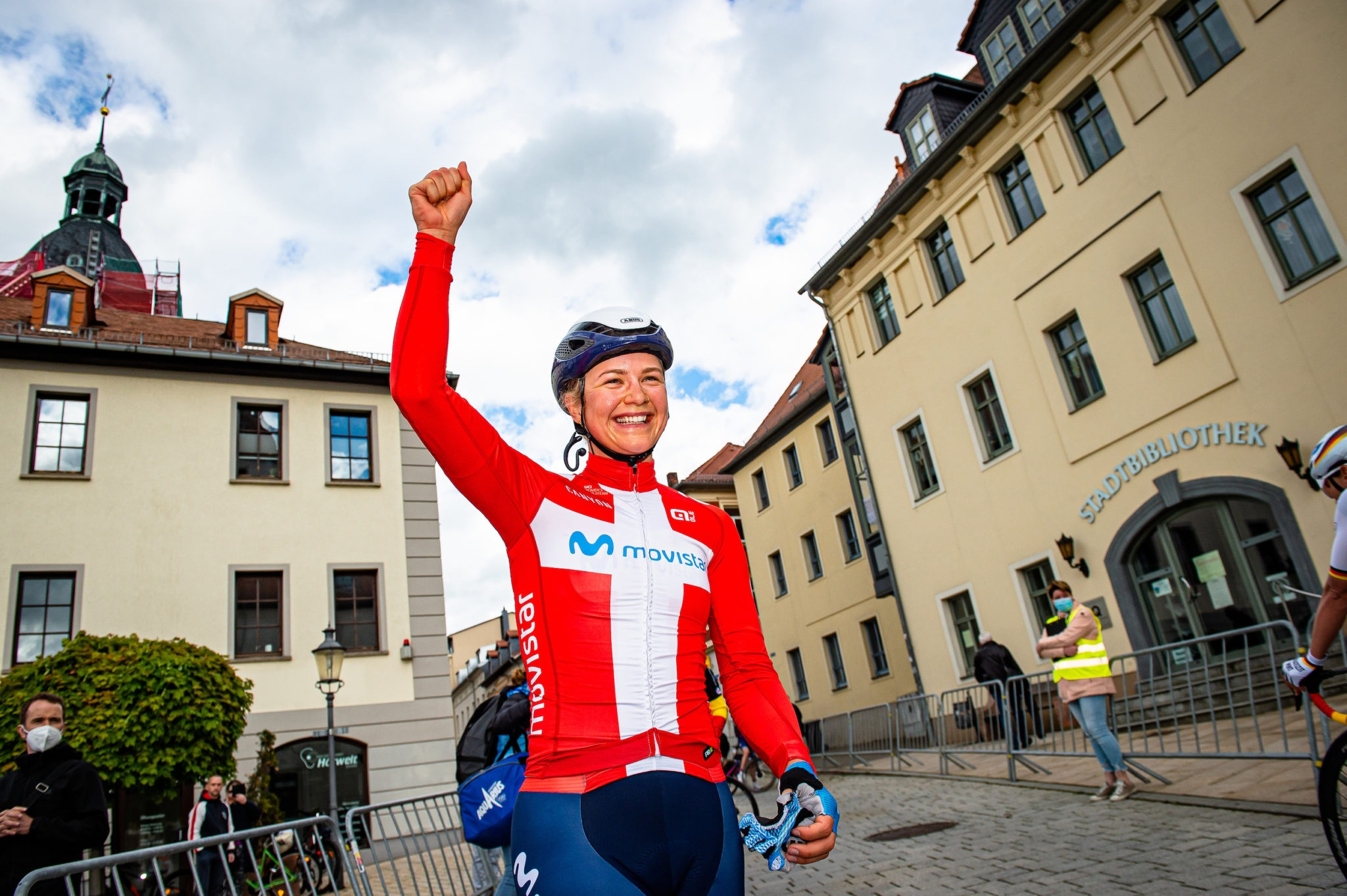 Emma Norsgaard re-signs with Movistar Team through to 2024