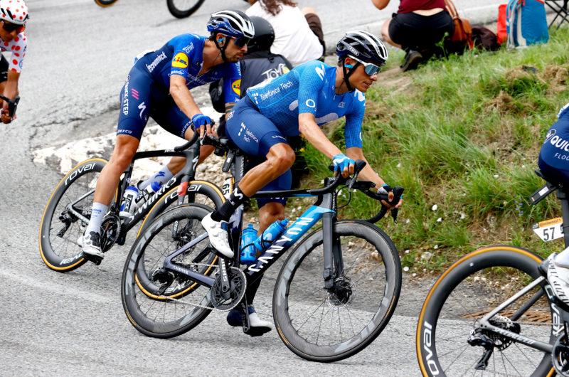 News' image'Mas y Movistar Team se defienden en los abanicos y miran al Ventoux'