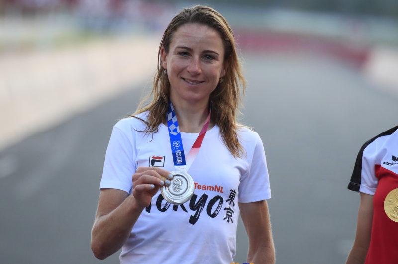 Imagen de la noticia 'Annemiek van Vleuten takes silver at Tokyo's Olympic road race'