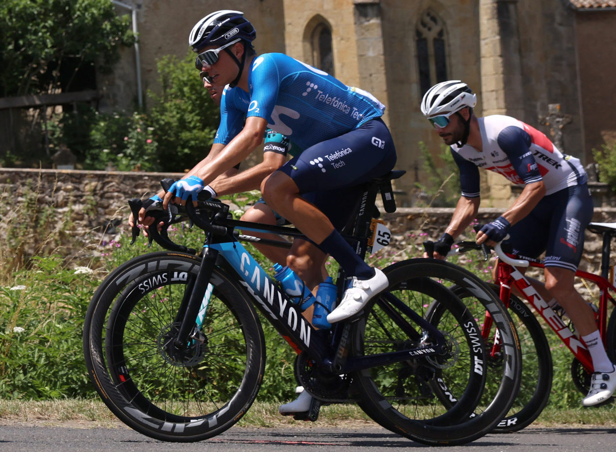 Imagen de la noticia 'Calm day for race favourites before TDF's Pyrenees stages'