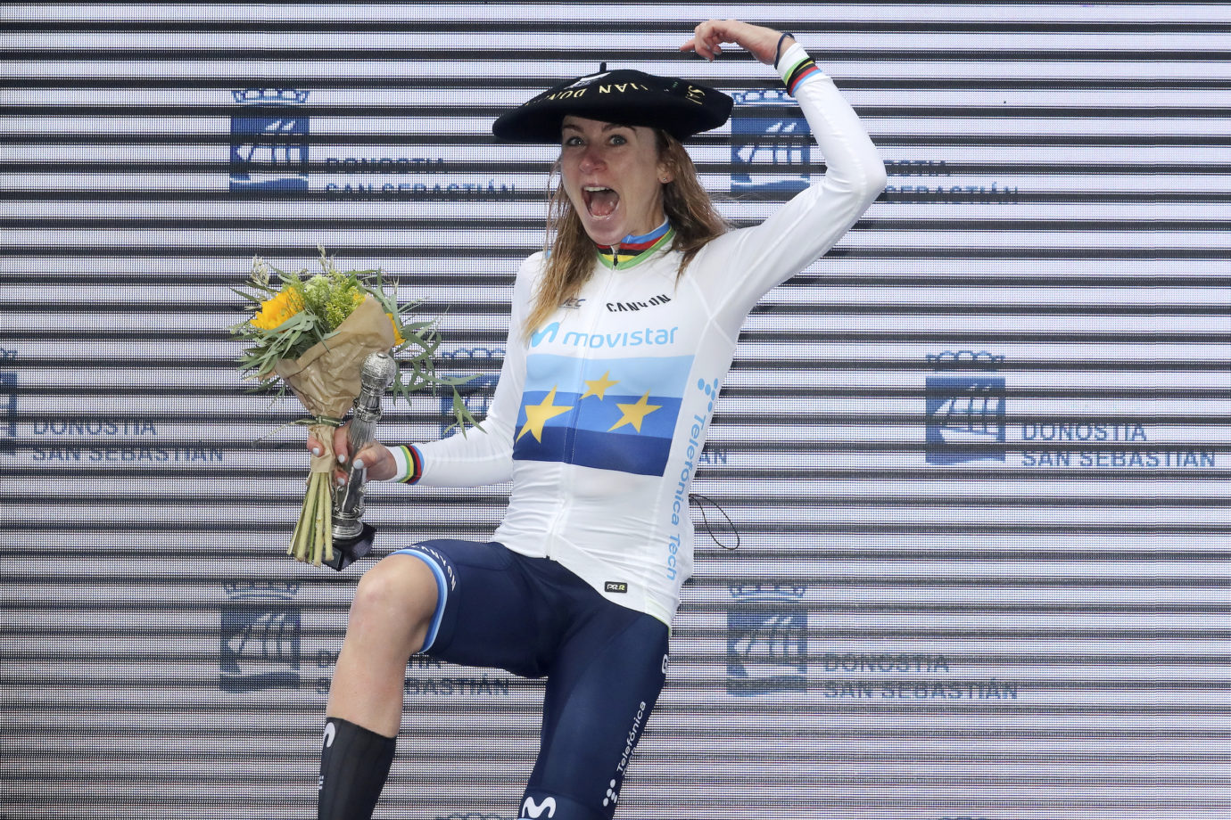 Imagen de la noticia 'Van Vleuten, Movistar Team triumph at Clásica San Sebastián'