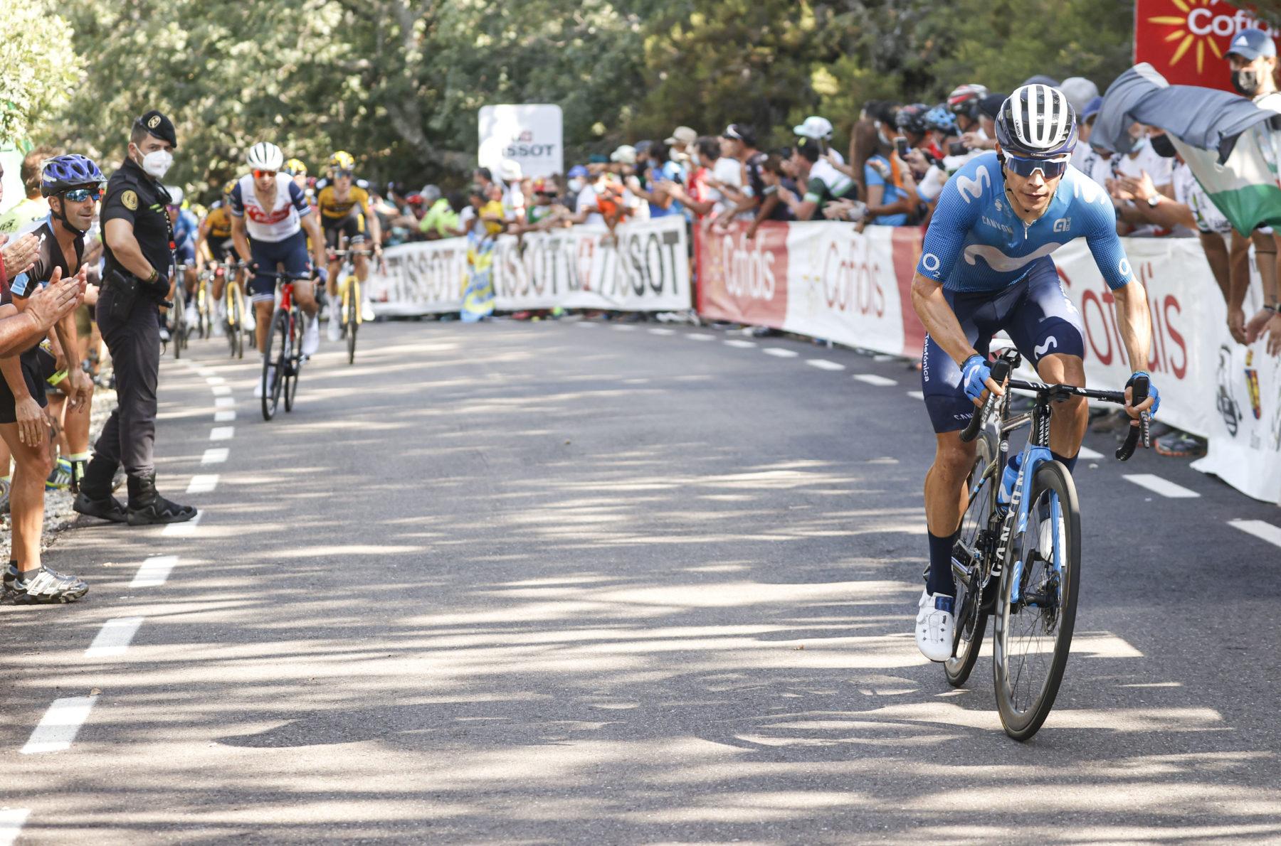 Imagen de la noticia 'López loyal to his style, on the attack at Pico Villuercas'