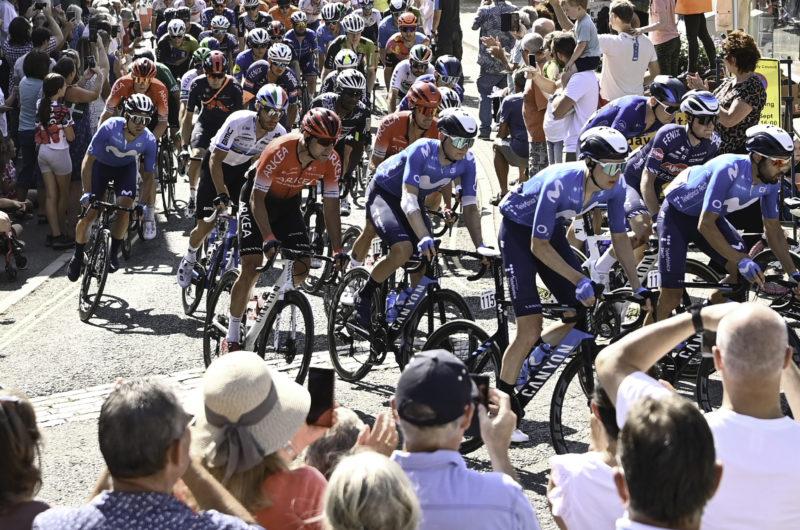 News' image'La fuga sorprende en Exeter; Serrano, 4º CG antes de la crono por equipos'